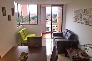 Apartamento en venta en Los Colores de 4 habitaciones