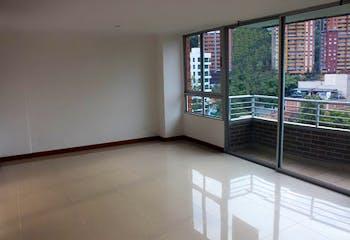 Apartamento en Las Castellana, Laureles - Tres alcobas