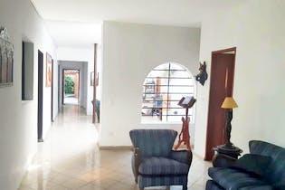 Casa en Universidad de Medellin, Belen - Dos alcobas