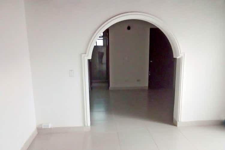 Portada Casa en Loma del Escobero, Envigado - Cuatro alcobas