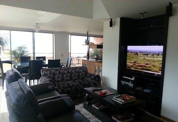 Apartamento en Aves Maria, Sabaneta - 328mt, duplex, cuatro alcobas, terraza