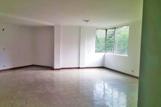 Apartamento de 145 mt2, 4 Habitaciones, 3 Baños, Parqueadero Hubicado