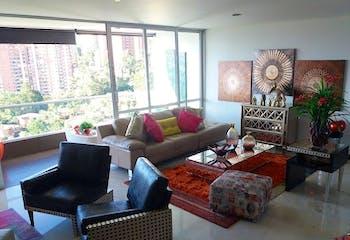 Apartamento en Los Balsos, Pobaldo - 220mt, tres alcobas, balcón