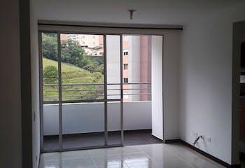 Apartamento en venta en El Carmelo de 3 hab. con Balcón...