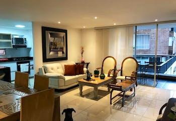 Apartamento en Zuñiga, Envigado - 127mt, tres alcobas, balcón