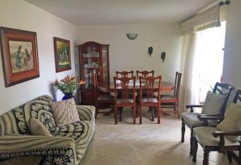 Apartamento en Simon Bolivar, La America - 87mt, tres alcobas, balcón