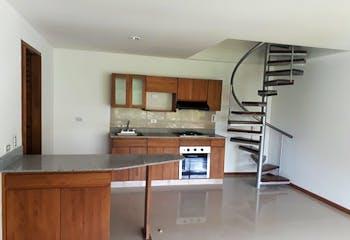 Apartamento Duplex En Aves Maria - Sabaneta, con dos habitaciones