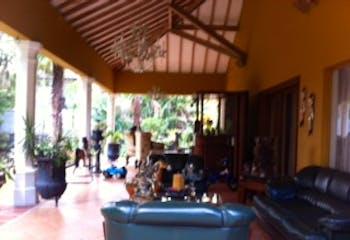 Casa en venta en Los Balsos de 5 alcobas