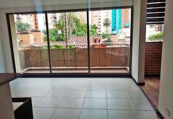 Apartamento en Belén-Loma de los Bernal, con Balcón - 55 mt2.