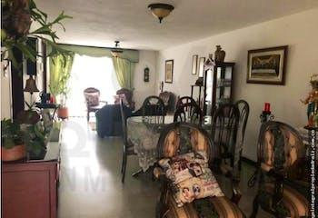 Casa en venta en Suramericana de 4 hab. con Jardín...