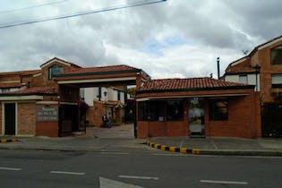 Casa En Bogota - Tejares Del Norte, con tres habitaciones