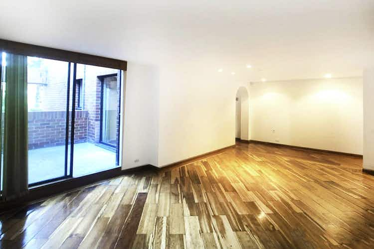 Portada Apartamento en venta Santa Paula-Bogotá, cuenta con estudio y terraza.