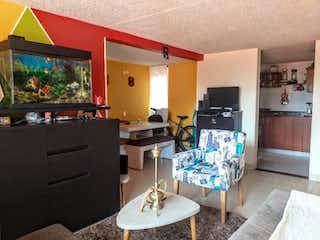Una sala de estar llena de muebles y una televisión de pantalla plana en Los Agapantos 1