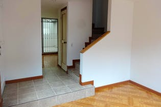 Casa de 85m2 en El Cortijo, Engativá - con tres habitaciones