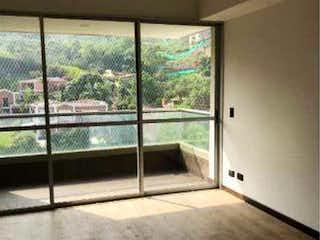 Una vista de un dormitorio desde una ventana en EDIFICIO TORRE MOCCA
