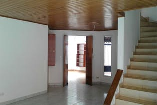 Casa en Mirandela, San Jose de Bavaria - 105mt, cuatro alcobas, chimenea