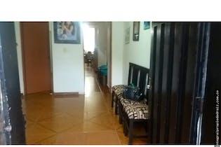 Casa en Manrique Oriental, Manrique - 129mt, tres alcobas, balcon