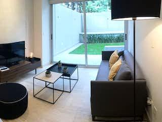 Una sala de estar llena de muebles y una televisión de pantalla plana en San Jerónimo 301 B