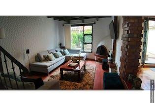 Casa de 200m2 en Puente Largo, Bogotá - con tres habitaciones