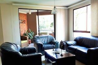 Apartamento en El Tesoro, Poblado - 129mt, tres alcobas, dos balcones