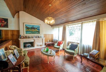 Casa en venta en Santa Bibiana Usaquén, 326m² con Jardín...