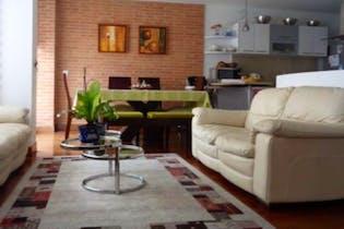 Apartamento en Chico Navarra, Santa Barbara - 122mt, tres alcobas, balcón