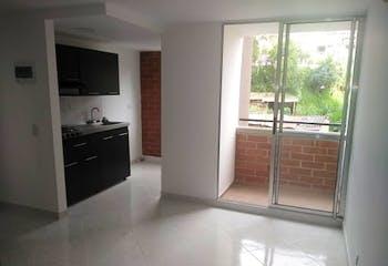 Apartamento en La Tablaza, La Estrella - 48mt, tres alcobas, balcón