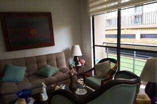 Apartamento en Colina Campestre, Colina Campestre - 71mt, tres alcobas, patio