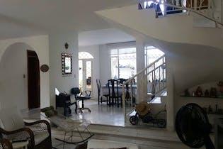 Casa en Anapoima, Anapoima - 226mt, cuatro alcobas, terraza