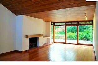 Casa Santa Ana Oriental - 450 mts, lote 750 mts, 4 parqueaderos.
