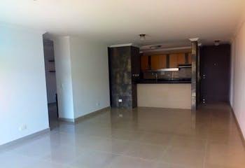 Apartamento en Las Antillas, Envigado - 116mt, tres alcobas, balcón