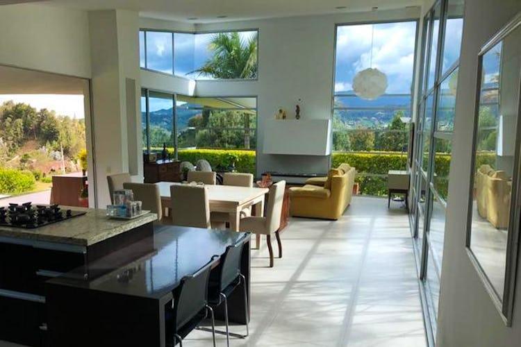 """Portada Casa de 220m2 en """"Parcelación las Palmas"""", Envigado"""