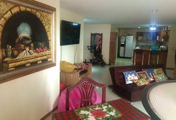Apartamento en Aves Maria, Sabaneta - 127mt, tres alcobas, balcón