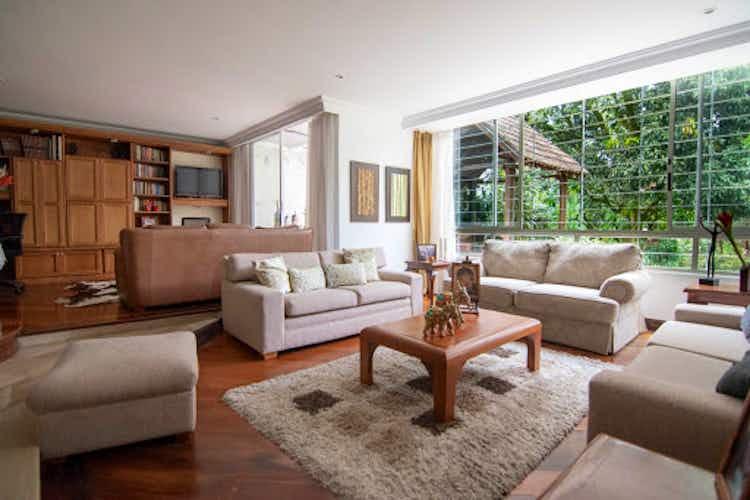 Portada Casa en San Lucas-Poblado, con 4 habitaciones - 572 mt2.