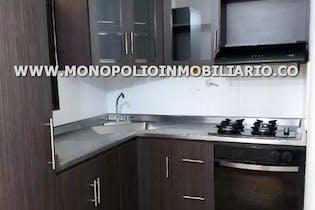 Casa Unifamiliar en Pajarito, Robledo - Tres alcobas