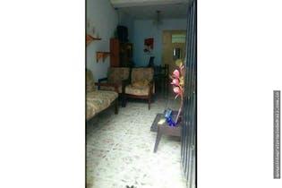 casa en El Triunfo, Doce de Octubre, 6 Habitaciones- 77m2.