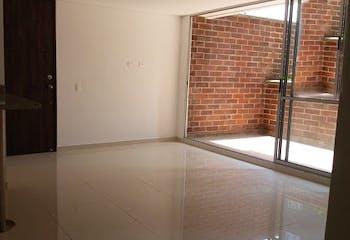 Apartamento en Prados De Sabaneta, con 2 habitaciones- 72m2