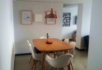 Apartamento en Asdesillas, Sabaneta - 65mt, tres alcobas, balcón