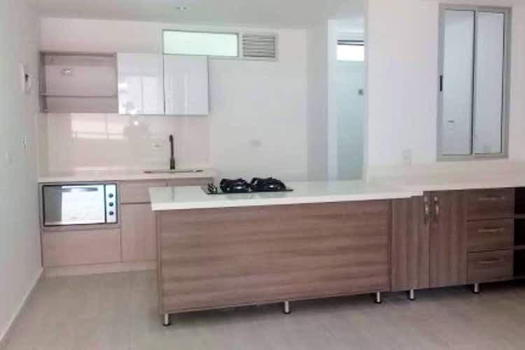 Portada Apartamento en Calle Larga, Sabaneta - 90mt, tres alcobas, dos balcones