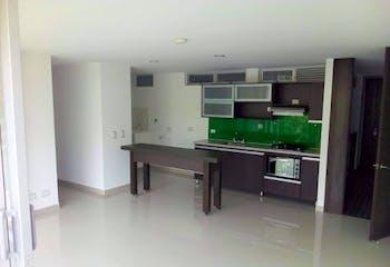 Apartamento en La Cuenca, Envigado - 72mt, tres alcobas, balcón