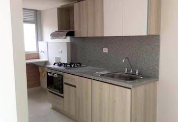Apartamento en Calle Larga, Sabaneta - 70mt, tres alcobas, balcón