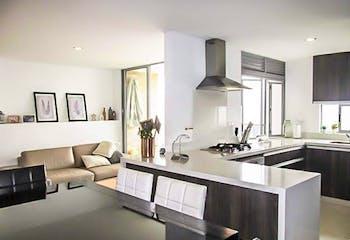 Apartamento en Loma de las Brujas, Envigado - 107mt, tres alcobas, balcón