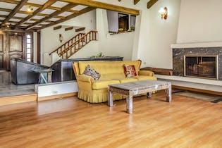 Casa en venta en Barrio Niza con Jardín...