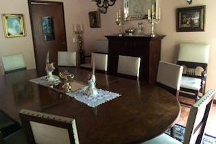 Casa en venta en Patio Bonito de 3 hab. con Piscina...