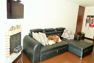 Apartamento en Mazuren, Colina Campestre - 78mt, tres alcobas, balcón interior