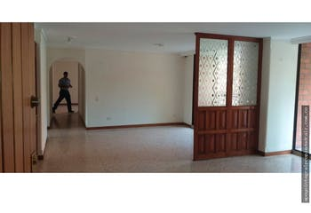Sector Barrio Conquistadores, Apartamento en venta de 3 alcobas