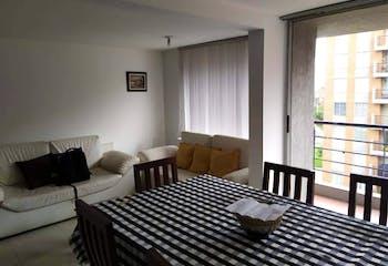Apartamento en Morato, La Floresta - 98mt, tres alcobas, balcón