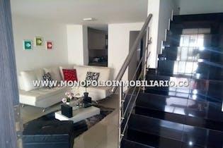 Casa unifamiliar en Cordoba, Robledo - 150mt, cuatro alcobas, balcón