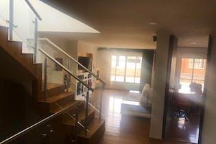 Casa en venta en álamos Norte de 4 habitaciones