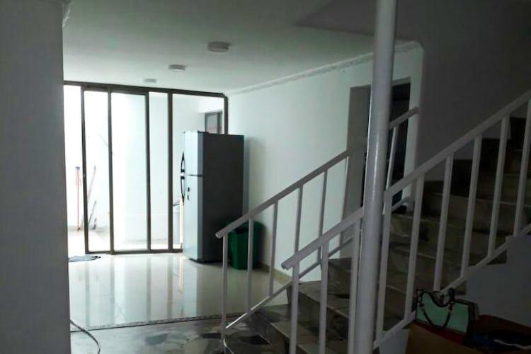 Foto 2 de Casa en Santa Isabel, Restrepo - 340mt, siete alcobas, tres pisos